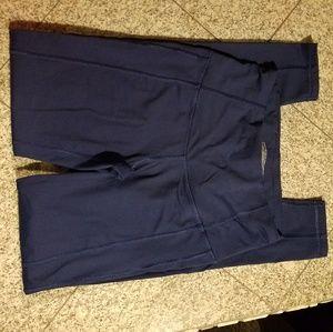 Like new VS side pocket leggings